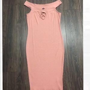 Dresses & Skirts - Plus Size Front Detailed Off Shoulder Midi Dress